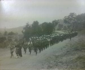 Coo-ees nearing Springwood (Photograph courtesy of Gilgandra Historical Society)