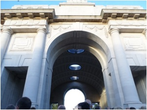 Menin_Gate_Memorial_Thompson_28-8-2014