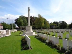 Menin Road South Military Cemetery, Belgium (Photograph: H. Thompson 29/8/2014)