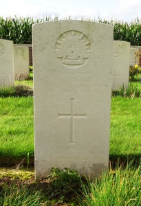 Arthur Charles Reid's headstone at La Clytte Military Cemetery, Belgium (Photograph: H. Thompson 28/8/2014) Note: The writing on the headstone is very worn. It reads: 4886 Gunner A. C. Read, Aust. Field Artillery, 9th September 1916 Age 25. In memory of the dearly loved son of Mr. & Mrs. Read