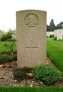 Harold Brooks Davis' headstone at St. Sever Cemetery Extension, Rouen, France (Photograph: S. & H. Thompson 7/9/2014)