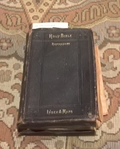 Bible at Springwood Library (Photograph: H. Thompson 16/9/2015)