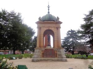 The Soldiers' Memorial (built 1909) at King's Parade, Bathurst. Photograph: H. Thompson