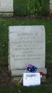 Australian flag and commemorative card on Bill Hitchen's grave 26/8/2016 (Photograph S. & H.  Thompson)