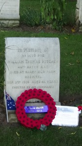 Wreath on Bill Hitchen's grave 26/8/2016 (Photograph: S. & H. Thompson)